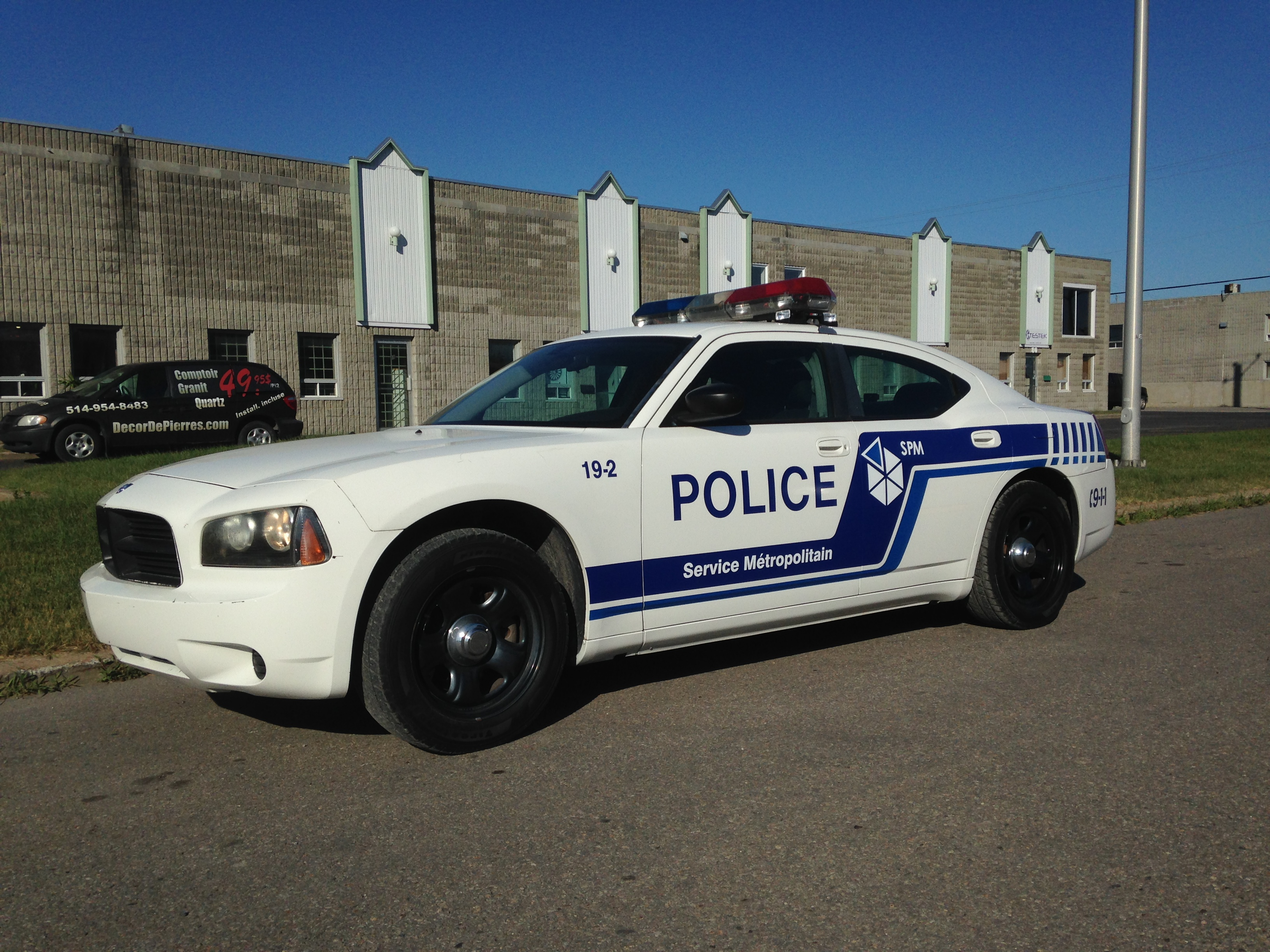 Pick Up Truck Rentals >> CinéMobile - Our Locations - DODGE CHARGER POLICE SPVM